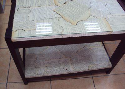 Ropotarnica - pohištvo - obnova - reciklirano -papir