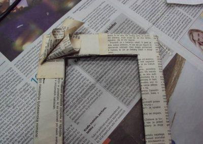 Ropotarnica - recikliranje - delavnica - papir - okvir