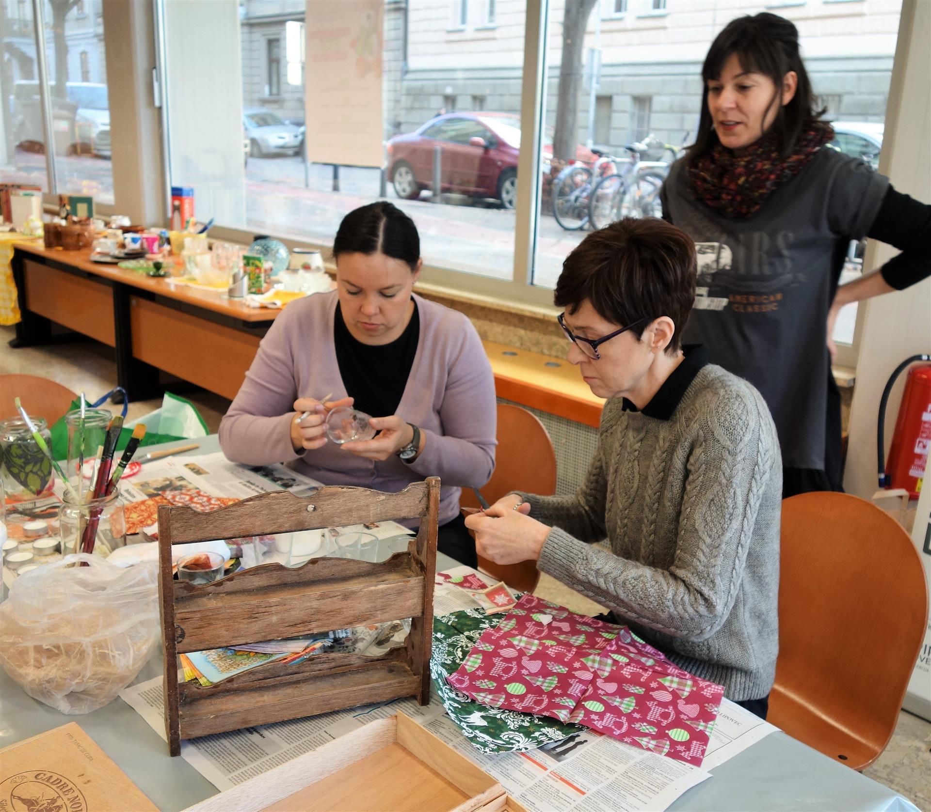 Ropotarnica - delavnica - Snaga - recikliranje - druženje