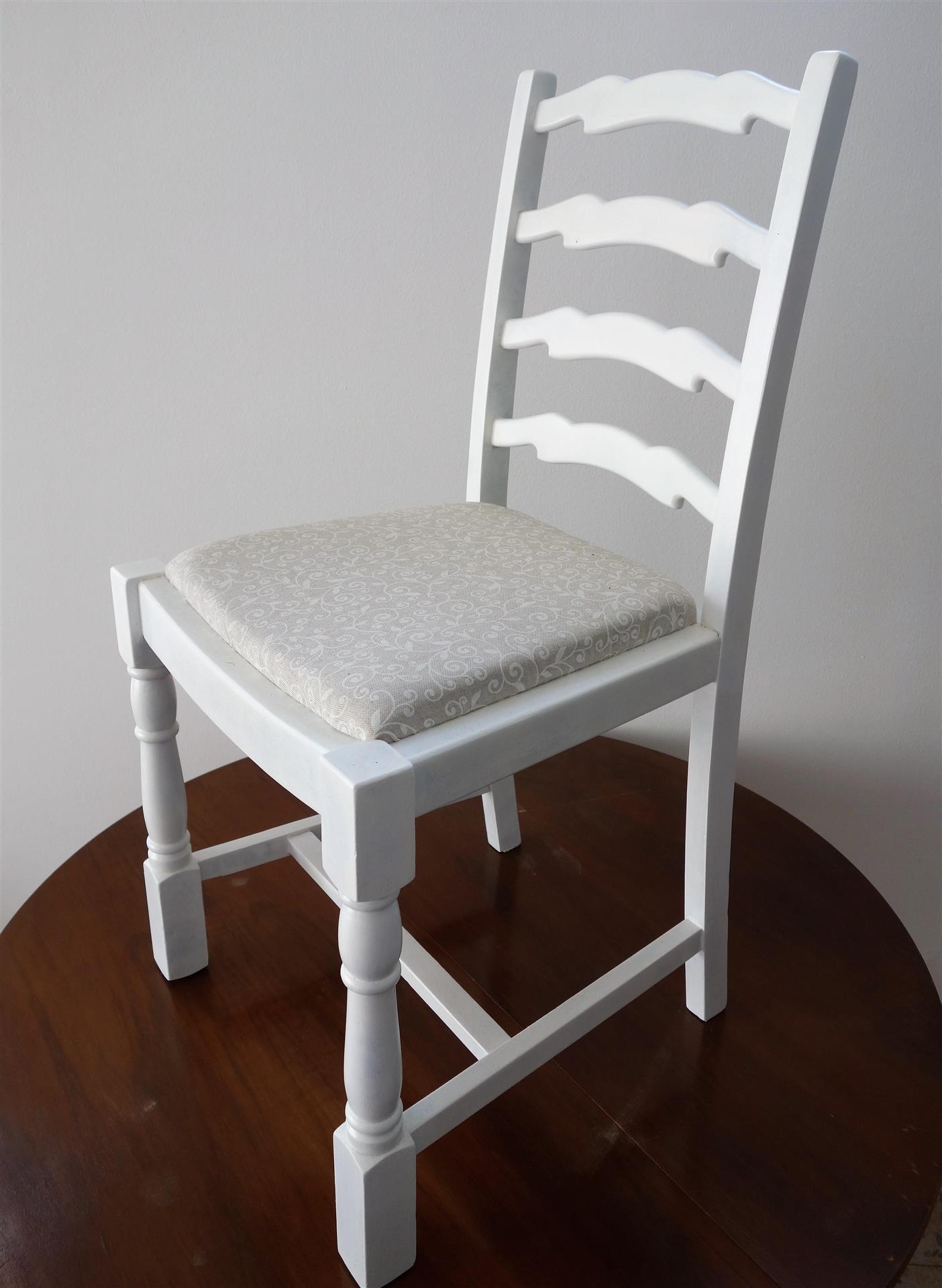 Ropotarnica - pohištvo - obnova - učne delavnice