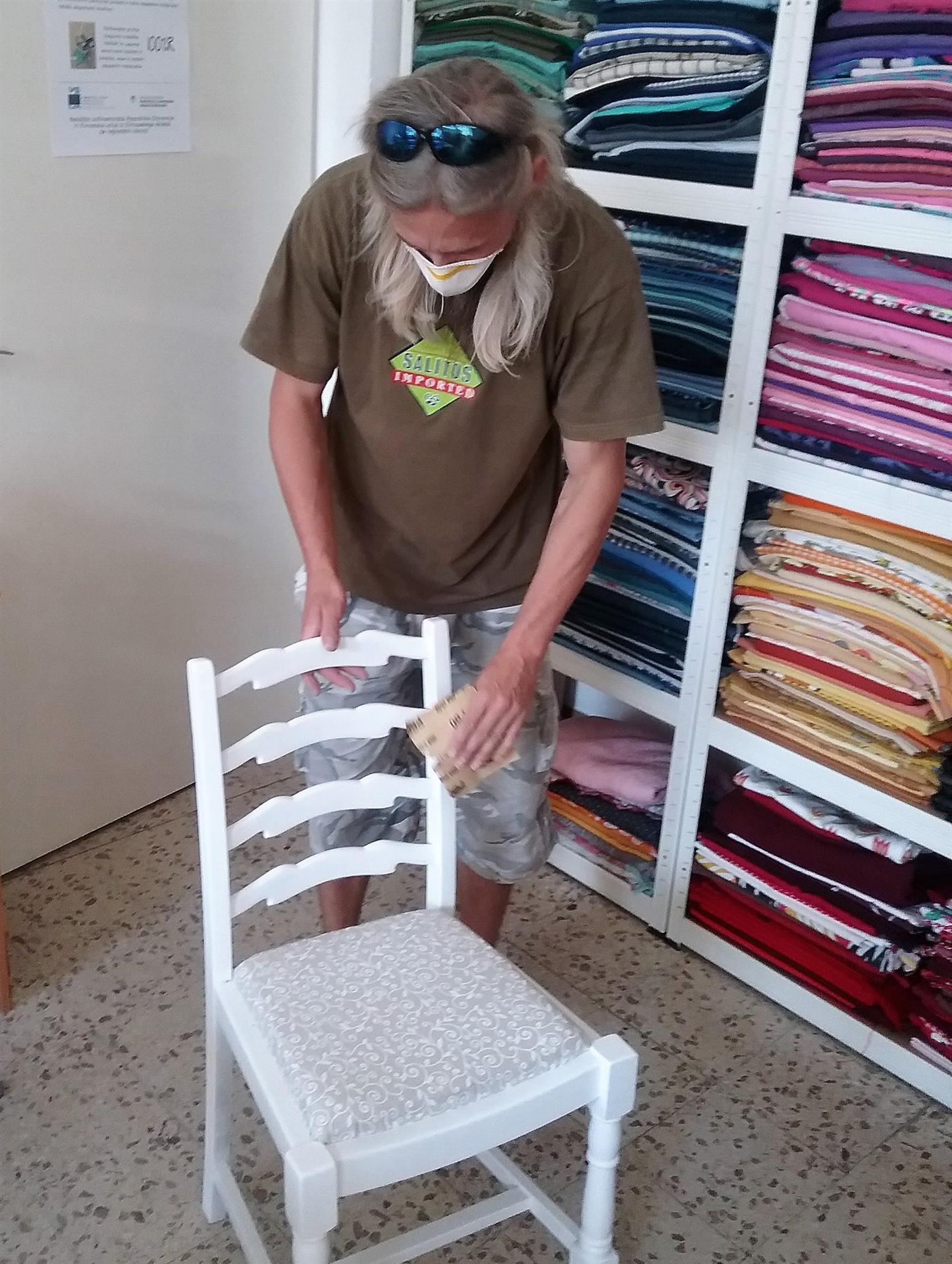 Ropotarnica - pohištvo - obnova - učne delavnice - Iztok
