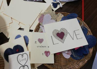 Ropotarnica - voščilnica - recikliramo - valentinovo - delavnica 3
